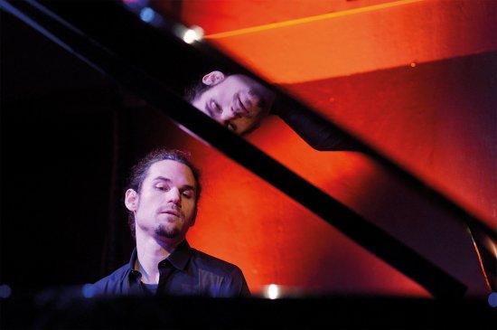 Rainer Böhm am Klavier