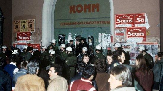 Foto von der KOMM-Massenverhaftung am 5.3.1981