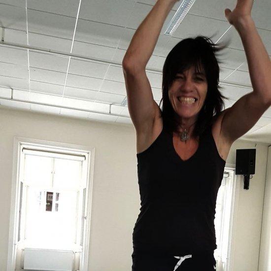 Tanzpädagogin, Performerin, kreative Tanz- und Bewegungstherapeutin Bea Carolina Remark