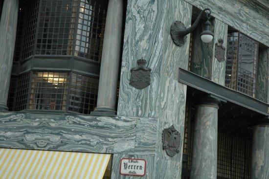 Szenenbild aus LOOS ORNAMENTAL